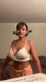 My homie fucking this bitch face w/ massive cumshot - Bigo Porn