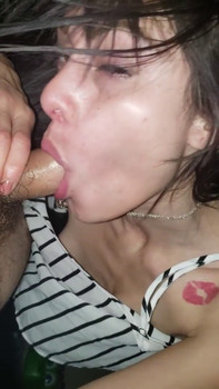 BLOWJOB WITH CUM BY THE SEA IN THE RAIN - Tiktok Porn