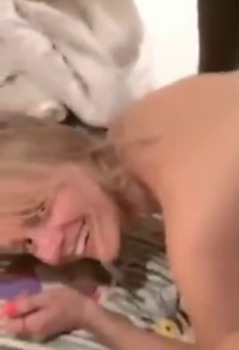 Sexy Queen Sloppy Blowjob - Whatsapp Porn