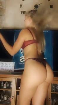 Nurse with sexy Stethoscope gives amazing Handjob and Tittyfuck - Bigo Porn