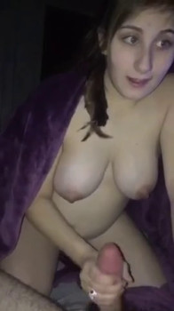 Fucked a slim beauty in the shower - Chatroulette Porn