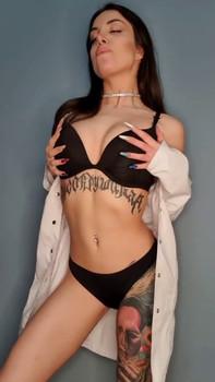 Shaving Shower Amateur Babe And Seduction Moment - Patreon Porn