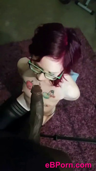 Teen with perfect tits has passionate Skype sex in the morning