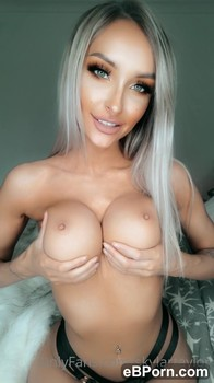 Miss Ania is a big slut and she say it CUM on face please - OnlyFans Porn