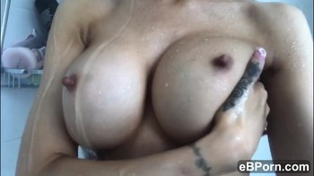 After squirting 4 times all over the kitchenfloor - Tinder Sex